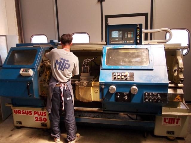 Lavorazione di macchine utensili